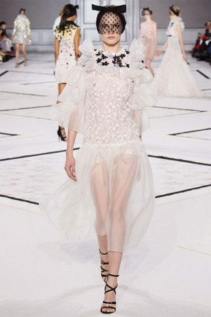 19Giambattista-Vallie-Couture-2015